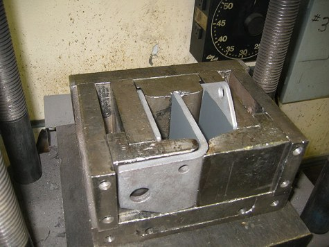 antique-motor-mount-roller-crusher-then-now-automotive